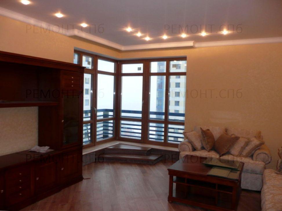 гостиная с панорамным окном ремонт
