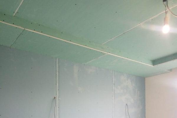 монтаж гипсокартона на стены
